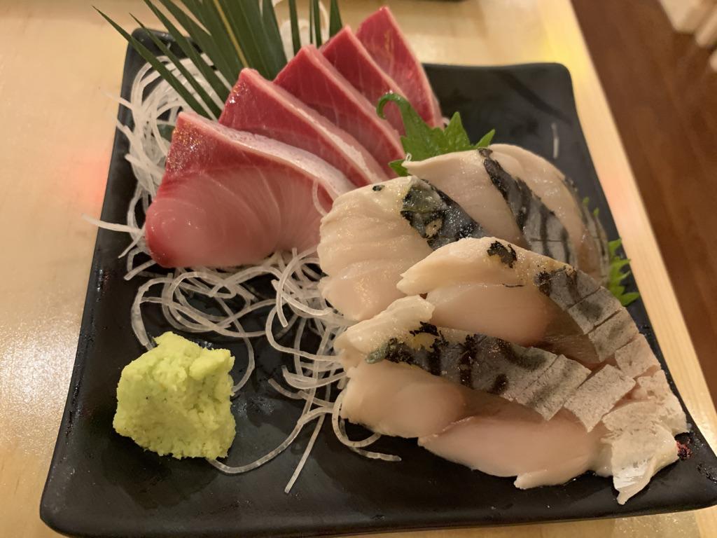 恵比須商店ハマチ刺身 〆鯖