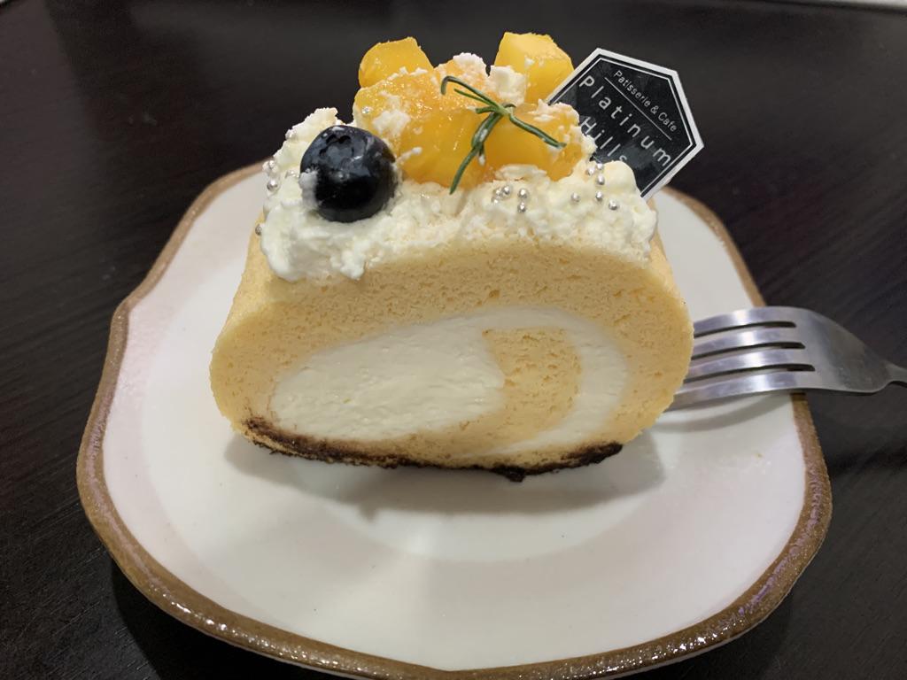 プラチナムロールケーキ