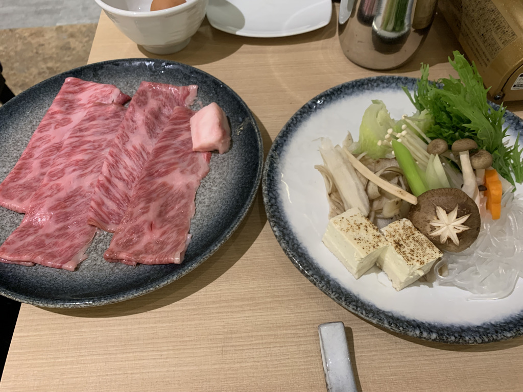 肉肉亭 すき焼き