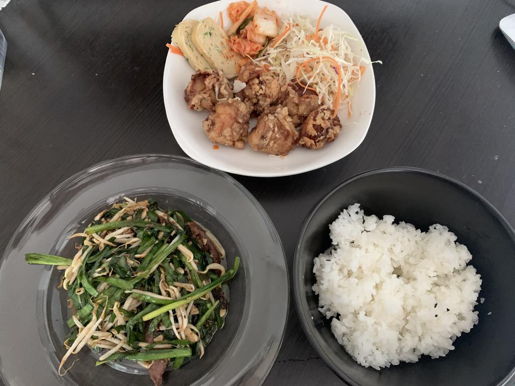 うま食堂 レバニラセット/唐揚げセット