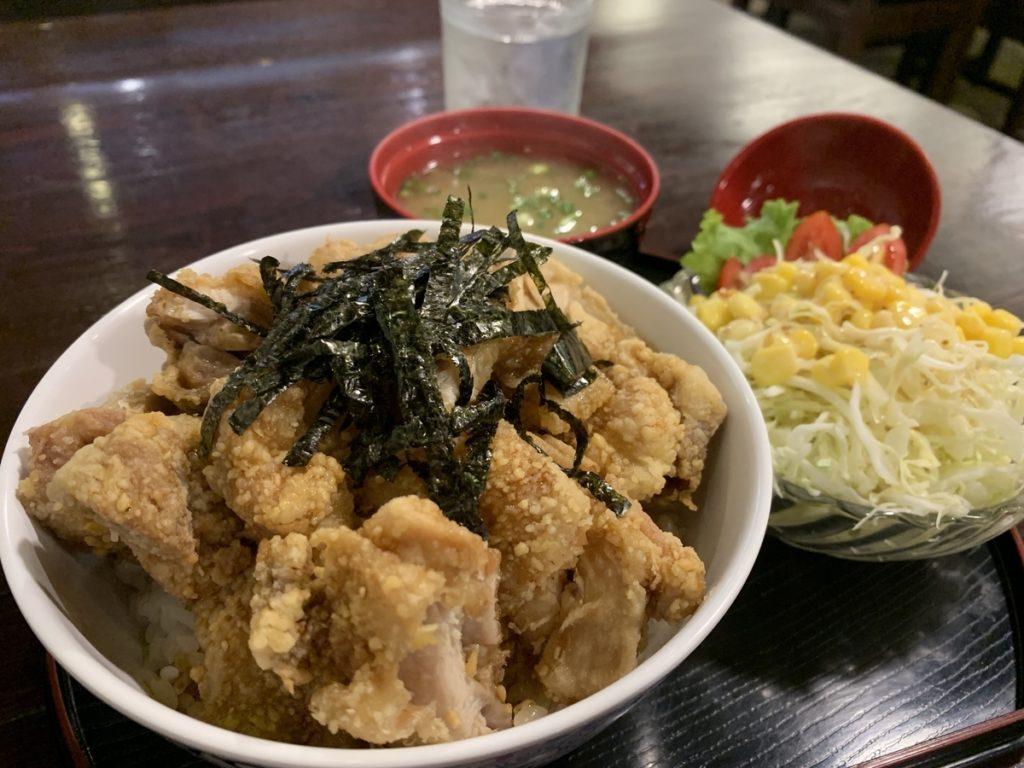ザンギ丼(199バーツ)